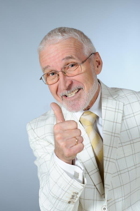 Glücklicher älterer Geschäftsmann stockfotos