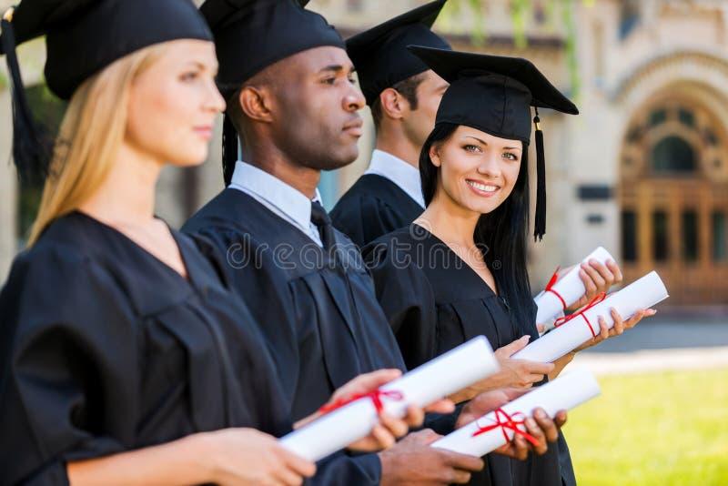 Glücklicher Absolvent stockfotos