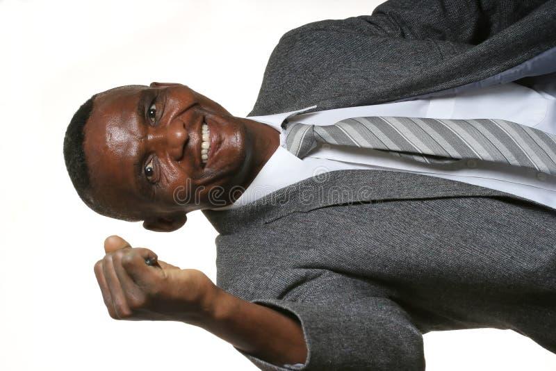Glücklicher afrikanischer Geschäftsmann stockfotos