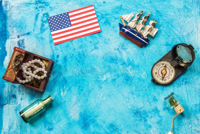 Glücklicher Columbus Day-Text Konzept des US-Feiertags Der Entdecker von Amerika Feiertags-Zustände lizenzfreie stockfotos