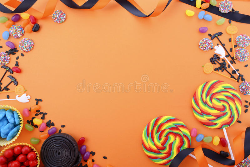 Glücklicher Halloween-Süßigkeits-Hintergrund lizenzfreie stockfotografie