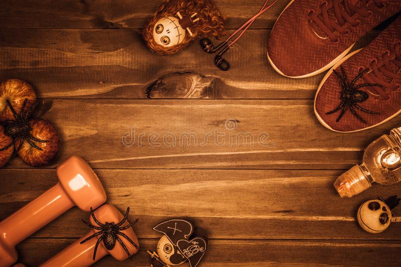 Glücklicher Halloween-Tag mit Eignung, Übung, Ausarbeiten gesund lizenzfreies stockfoto