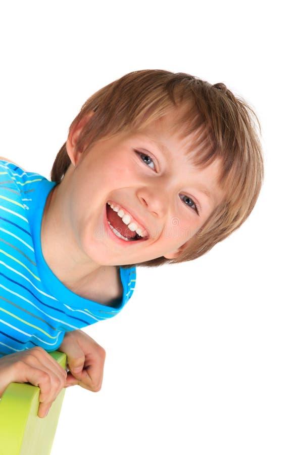 Glücklicher junger Junge lizenzfreie stockfotos