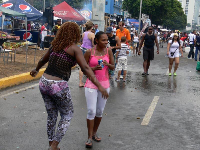 Glücklicher Karneval in Panama lizenzfreie stockfotos