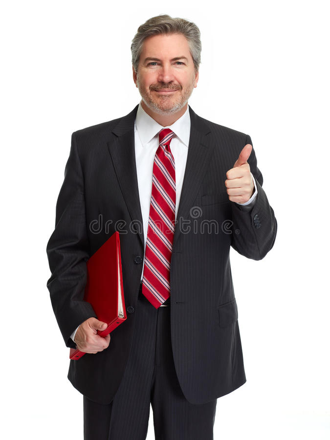 Glücklicher lächelnder Geschäftsmann mit rotem Ordner stockfotografie