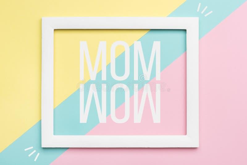Glücklicher Mutter ` s Tagespastell färbte Hintergrund Flache Lagegrußkarte vektor abbildung
