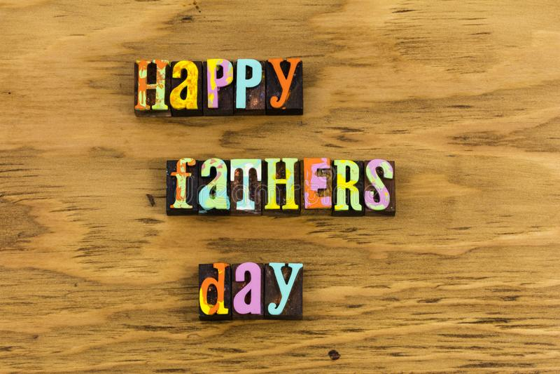 Glücklicher Vatertags-Familienbriefbeschwerer lizenzfreies stockbild