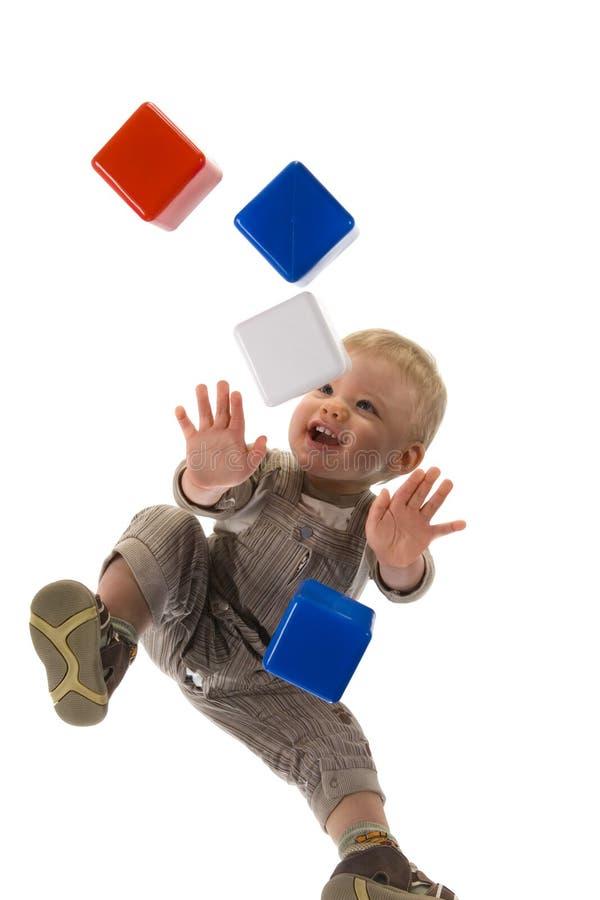 Glückliches Baby auf allen fours stockfotografie