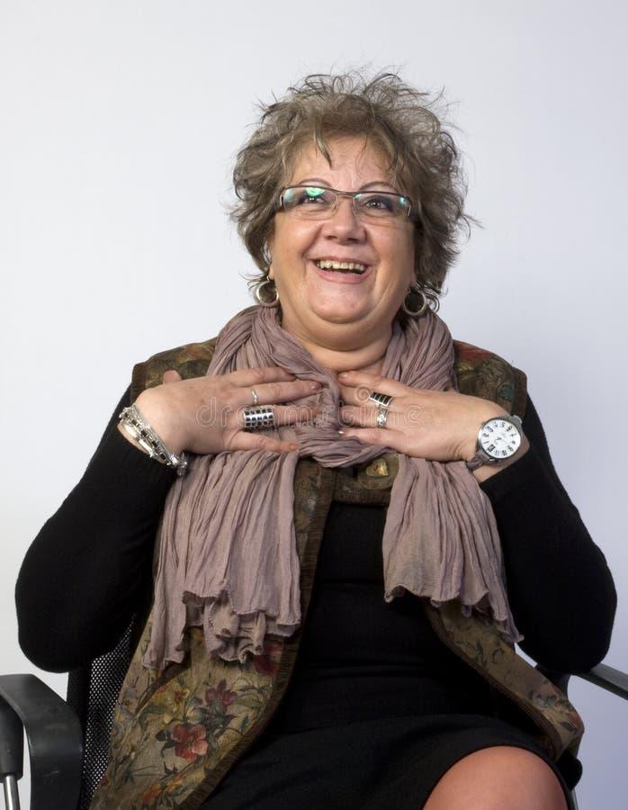 Glückliches Frauen-Portrait stockfotos