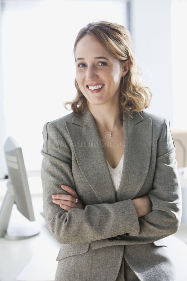 Glückliches Geschäftsfrau-Portrait stockfoto
