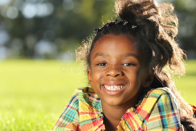 Glückliches Kind stockfotografie