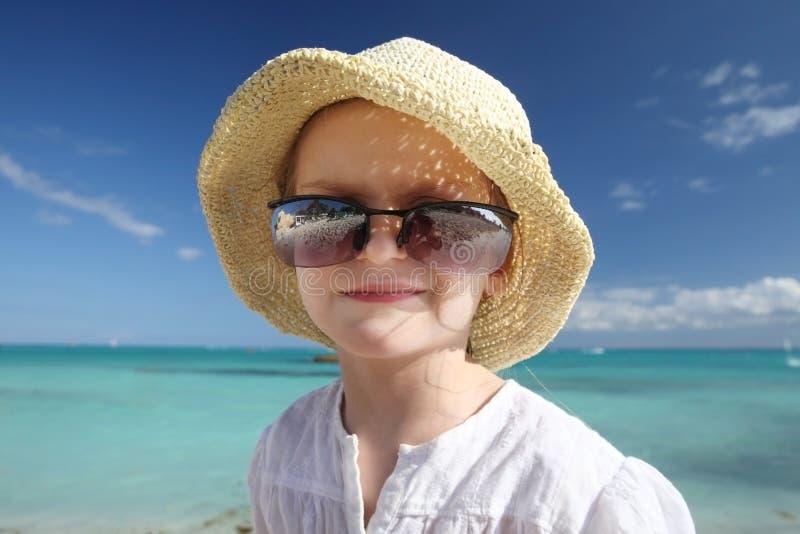 Glückliches kleines Mädchen. stockbilder