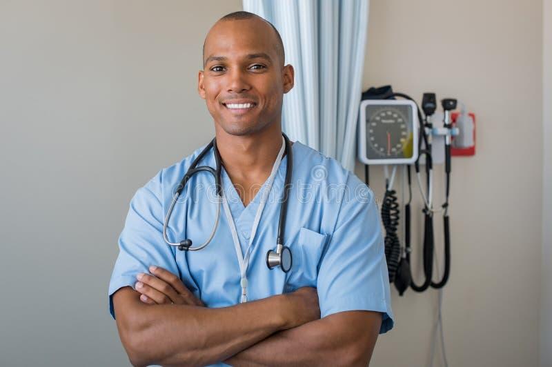 Glückliches Krankenschwesterlächeln lizenzfreies stockfoto