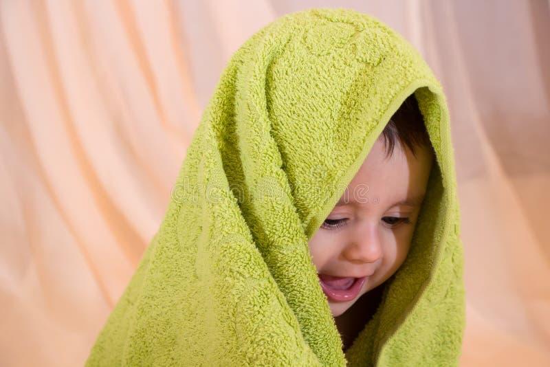Glückliches lächelndes Baby stockfotos