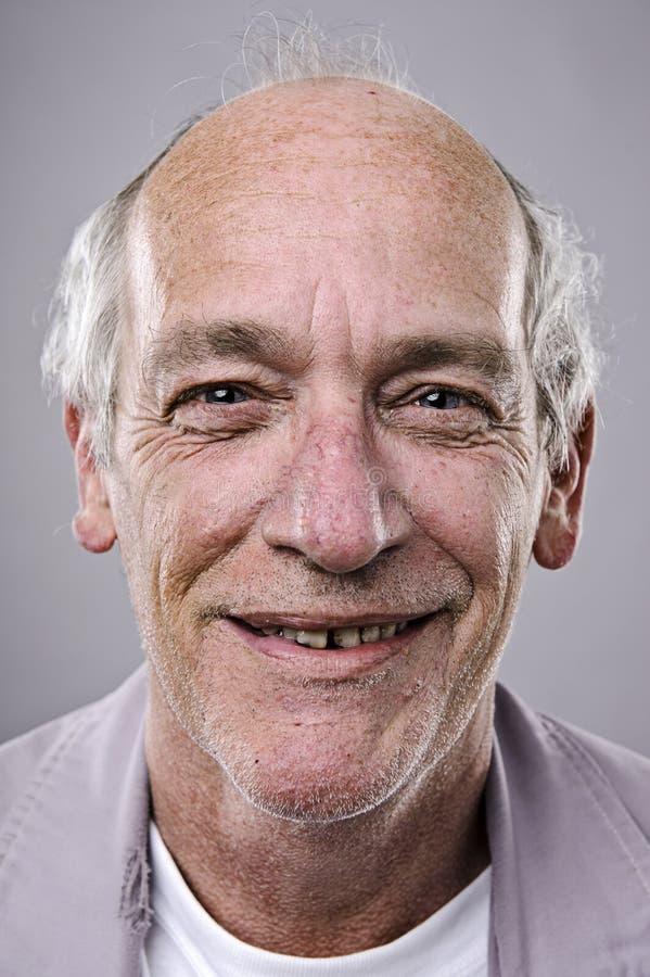Glückliches lächelndes Portrait lizenzfreie stockfotografie