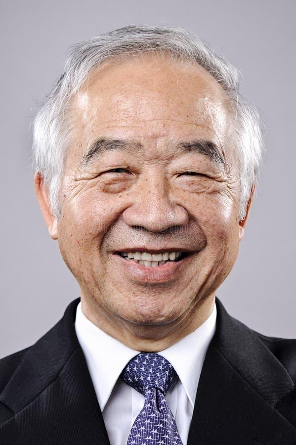 Glückliches lächelndes Portrait lizenzfreies stockfoto