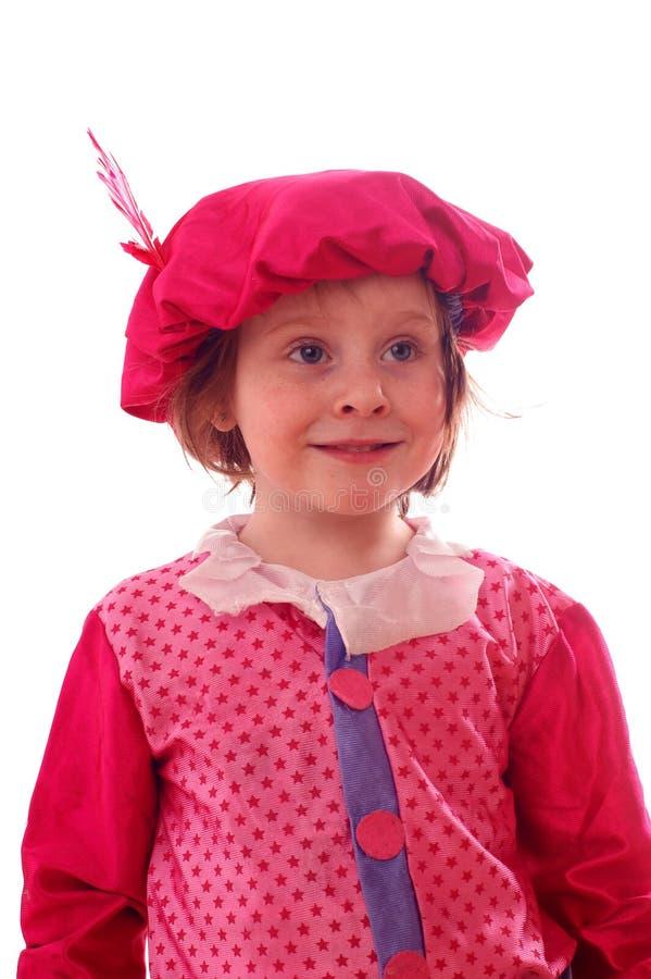 Glückliches Mädchen in der schwarzen Peter-Klage stockfoto