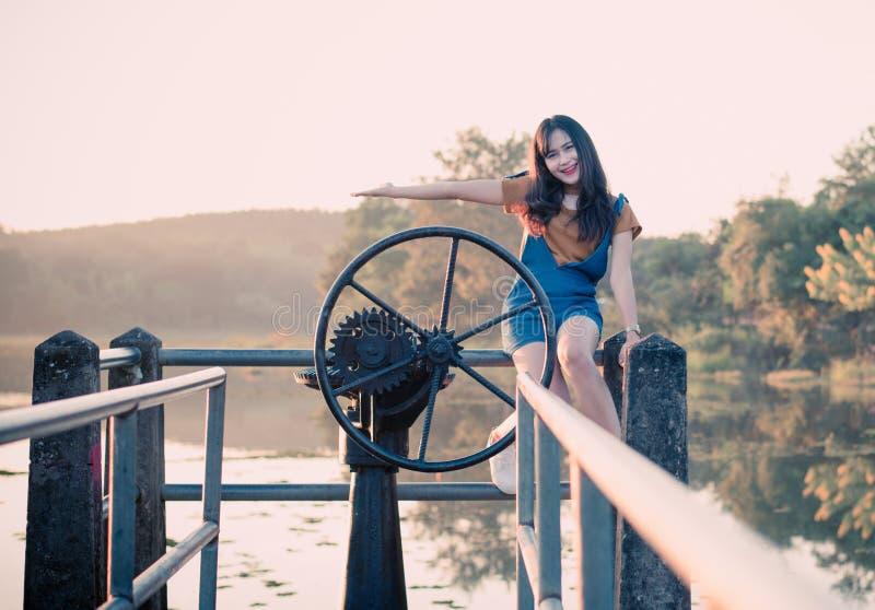 Glückliches Mädchen Thailand stockbilder