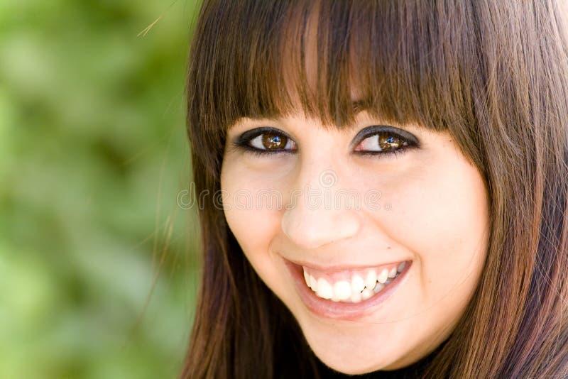 Glückliches Mädchenportrait lizenzfreies stockbild