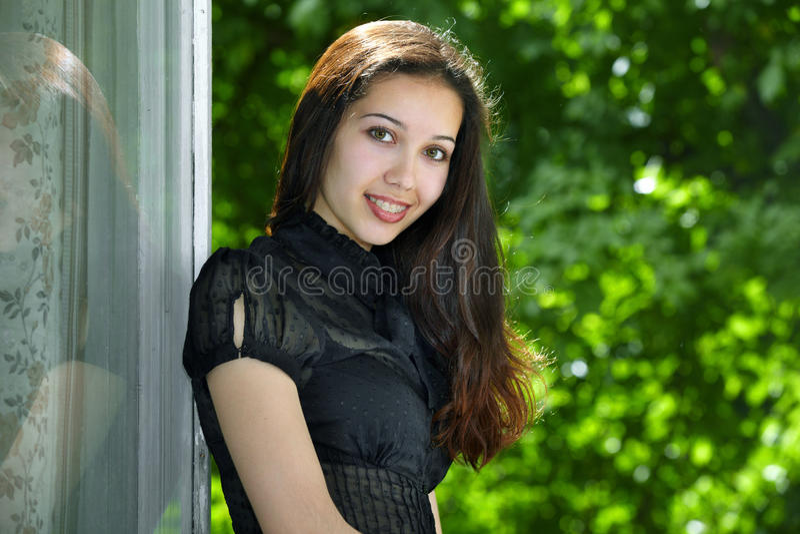 Glückliches vorbildliches Portrait stockfoto
