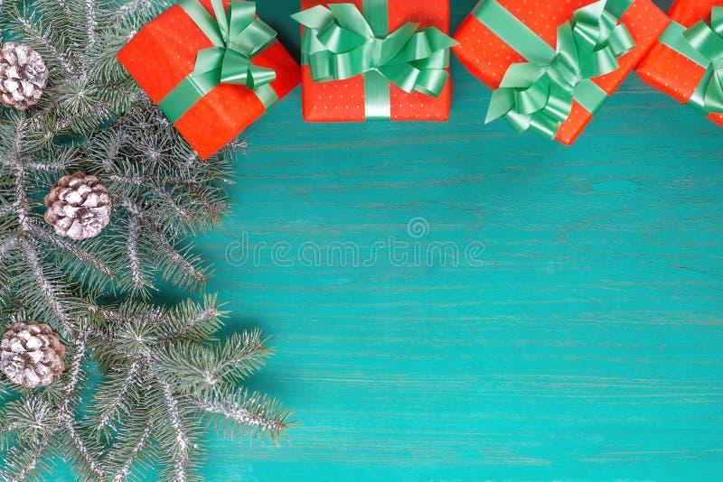 Glückwunschkarte frohe Weihnachten und neues Jahr lizenzfreies stockbild