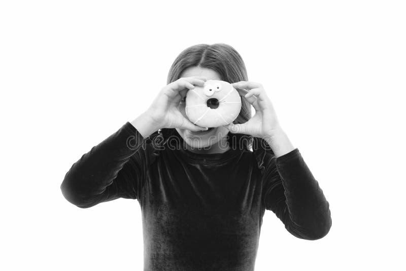 Gl?ckliche Kindheit und s??e Festlichkeiten Donut, der Di?tkonzept bricht Wei?er Hintergrund des glasig-gl?nzenden Donuts des M?d stockfotografie