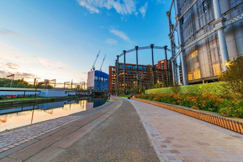 Gl?ttung von Ansicht des Regent-Kanals stockbilder