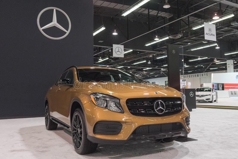 GLA-classe GLA 250 de Mercedes-Benz na exposição imagem de stock