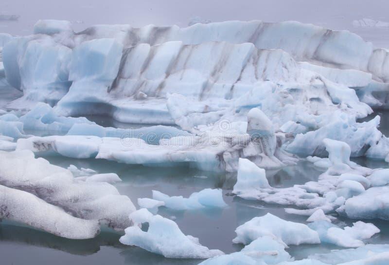 Glace bleue de Jokulsarlon Islande image libre de droits