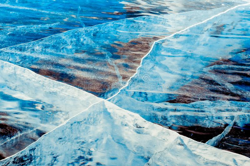 Glace bleue profonde transparente image libre de droits
