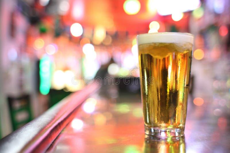 Glace de bière images stock
