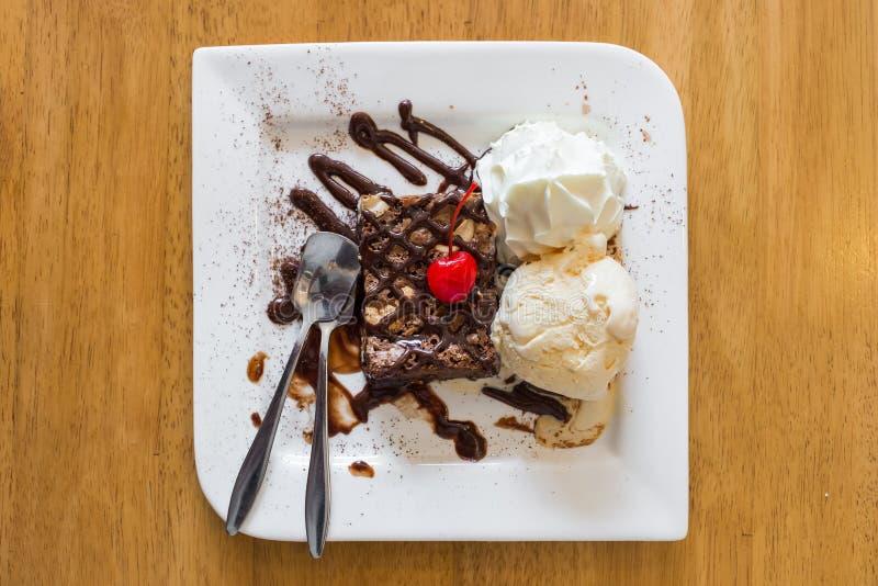 Glace de 'brownie' de chocolat images stock