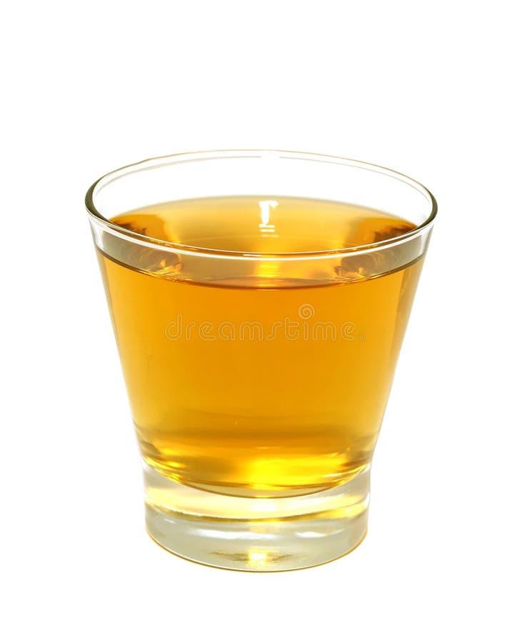 Glace de jus de pomme d'isolement sur le blanc images stock