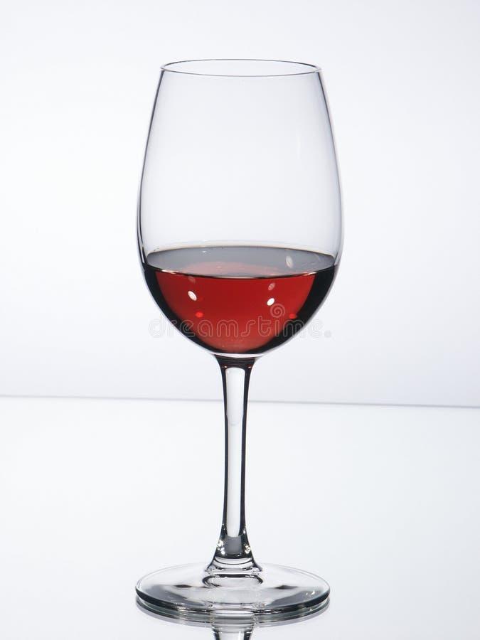 Glace de vin avec du vin photographie stock