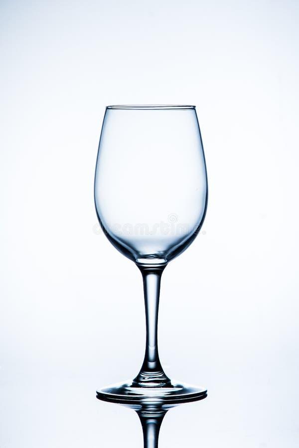 Glace de vin vide D'isolement sur un fond blanc image libre de droits