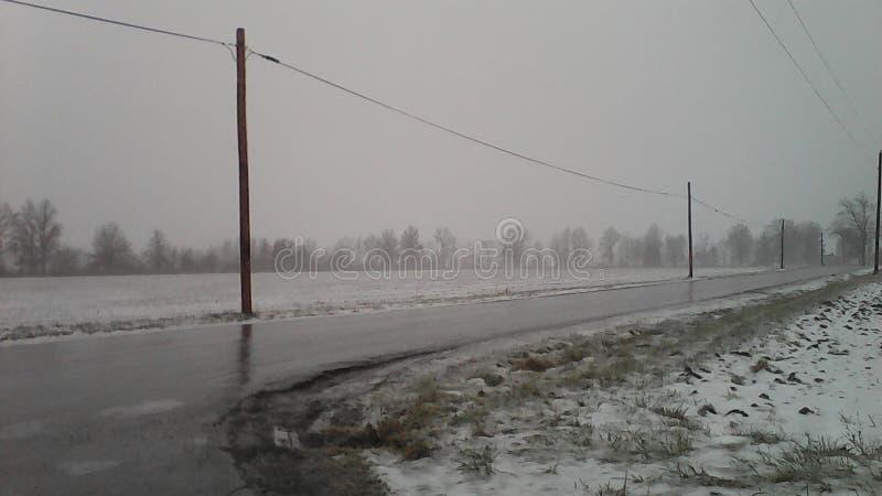 Glace et neige, de Kemp Road à Lima, l'Ohio images libres de droits