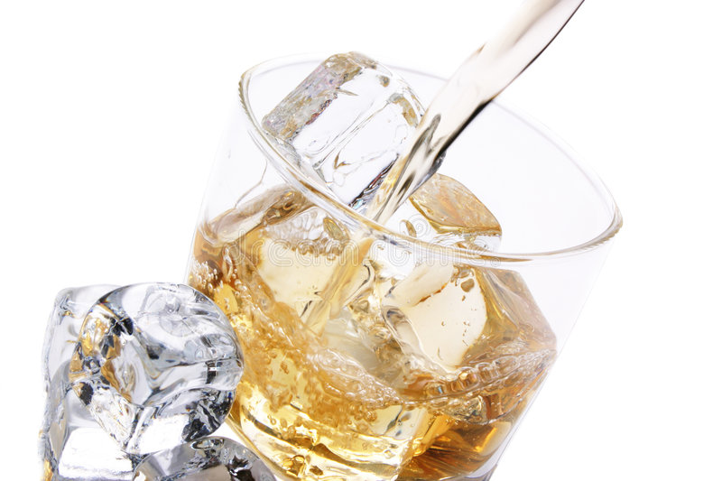 Glace froide d'alcool photographie stock
