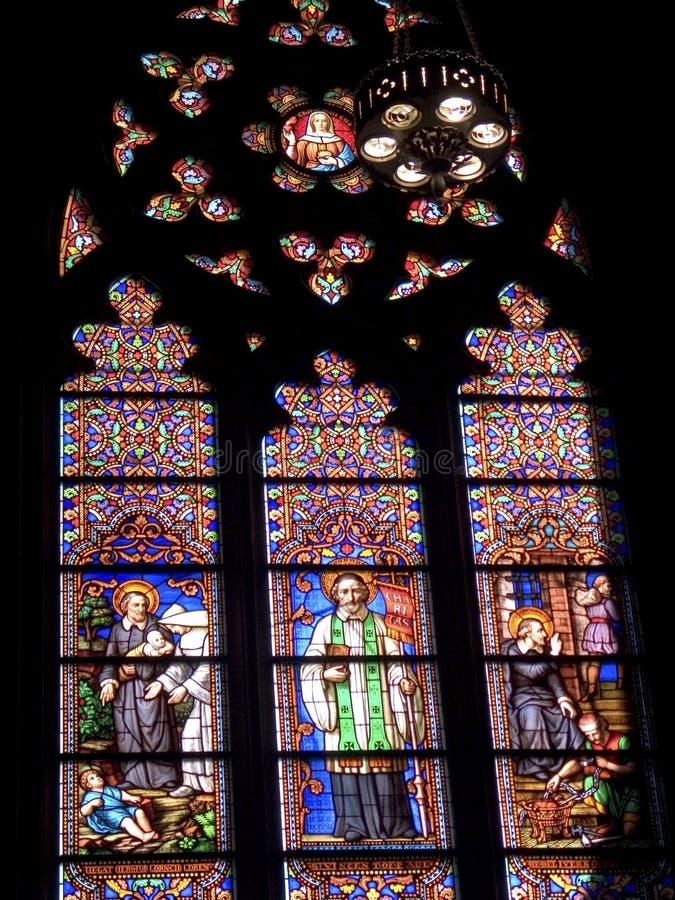 Download Glace souillée Windows photo stock. Image du chapelle, cathédrale - 85442