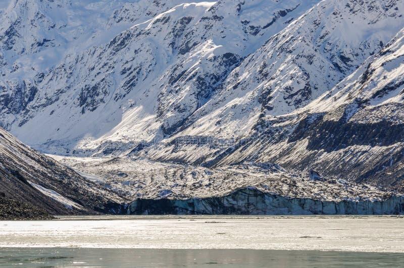 Glaciär i den Aoraki/monteringskocken National Park, Nya Zeeland fotografering för bildbyråer