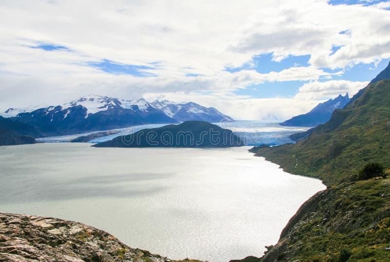 Glaciär i den Torres del Paine nationalparken i Patagonia, Chile arkivbilder