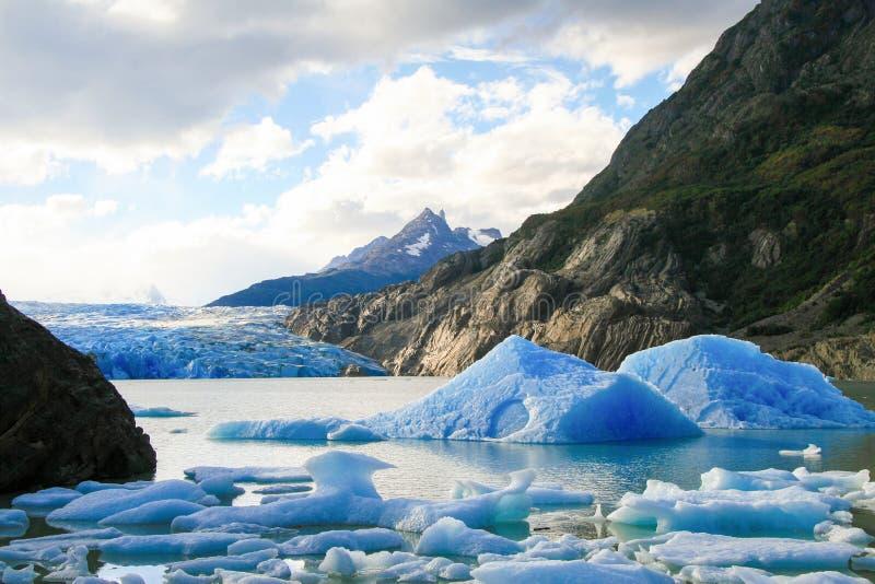 Glaciär i den Torres del Paine nationalparken i Patagonia, Chile fotografering för bildbyråer