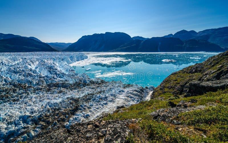 Glaciär i en solig dag nära Narsarsuaq arkivfoto