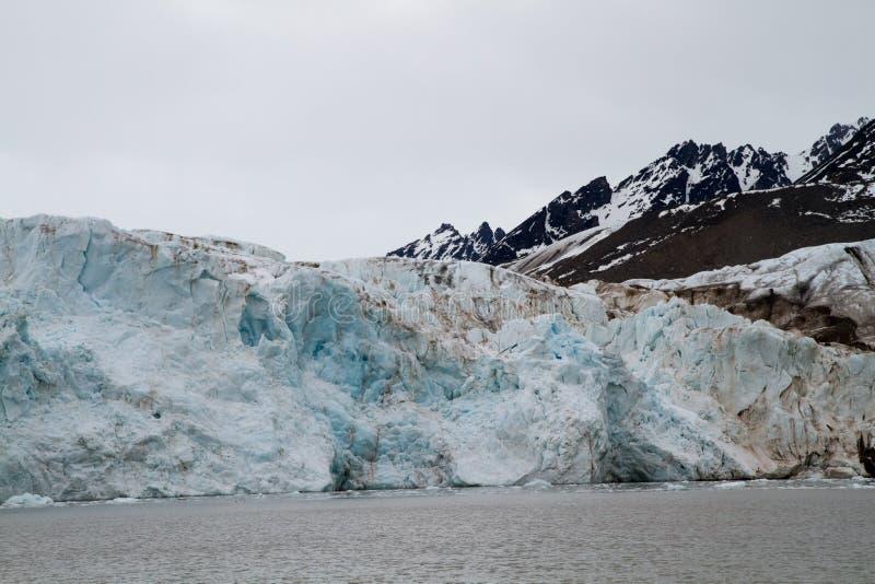 Glaciär i svalbarden royaltyfri fotografi