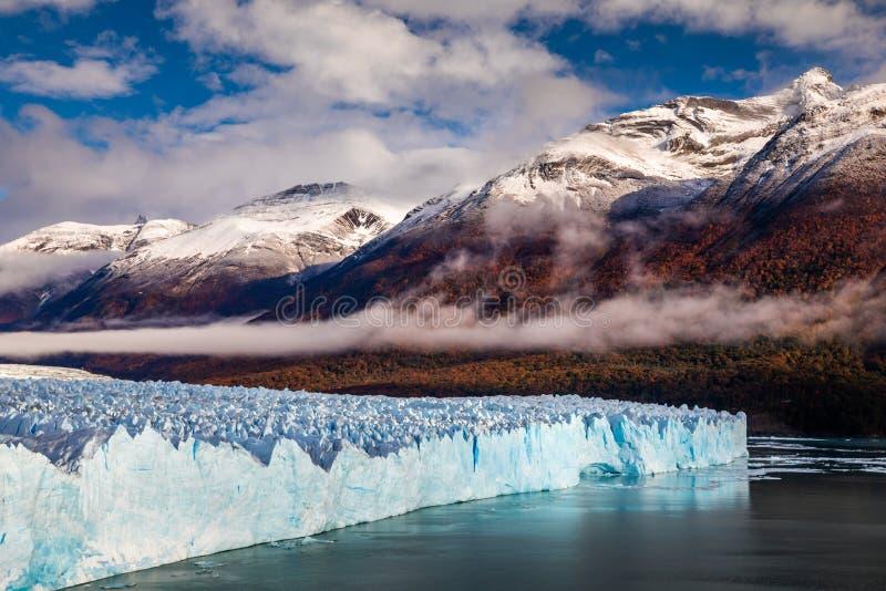 Glaciär Perito Moreno National Park i höst Argentina Patagonia royaltyfri fotografi