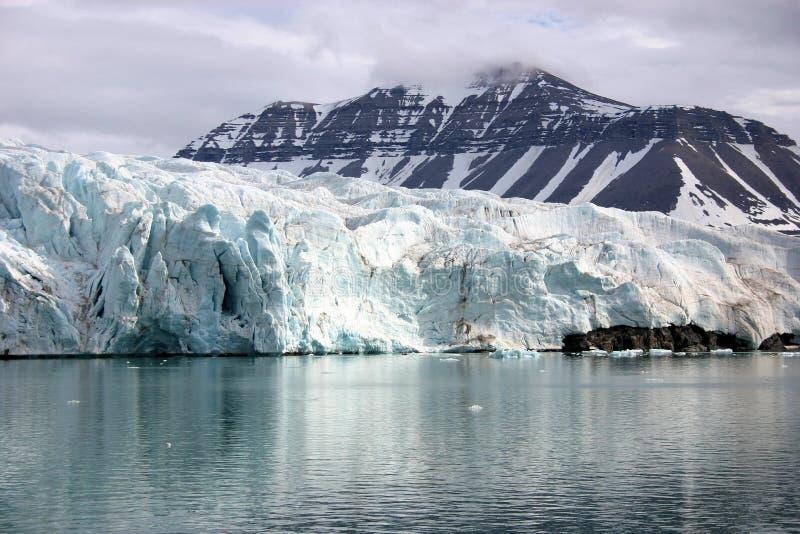 Glaciär Svalbard Norge arkivbilder