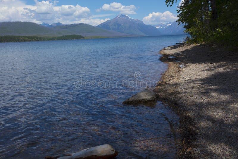 glaciärlakemcdonald nationalpark royaltyfri foto