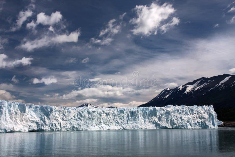glaciärmoreno perito arkivbilder