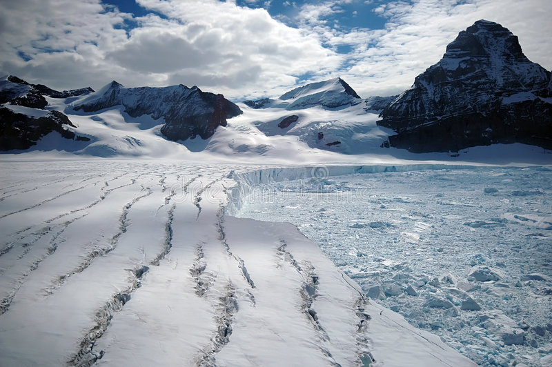 Glaciar antártico de fusión foto de archivo libre de regalías
