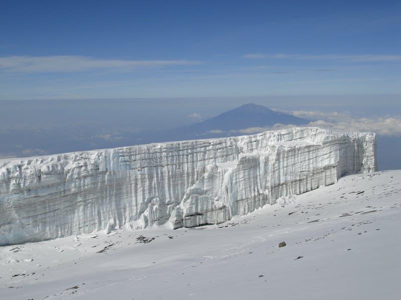 Glaciar de la cumbre de Kilimanjaro fotos de archivo libres de regalías