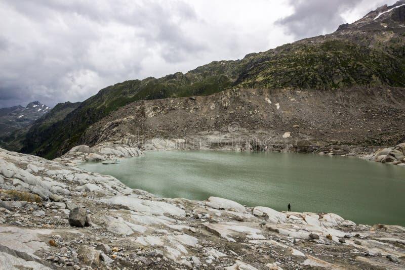Glaciar de Rhone en Suiza en las montañas fotos de archivo